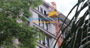 Sewa Lift Barang di Bekasi